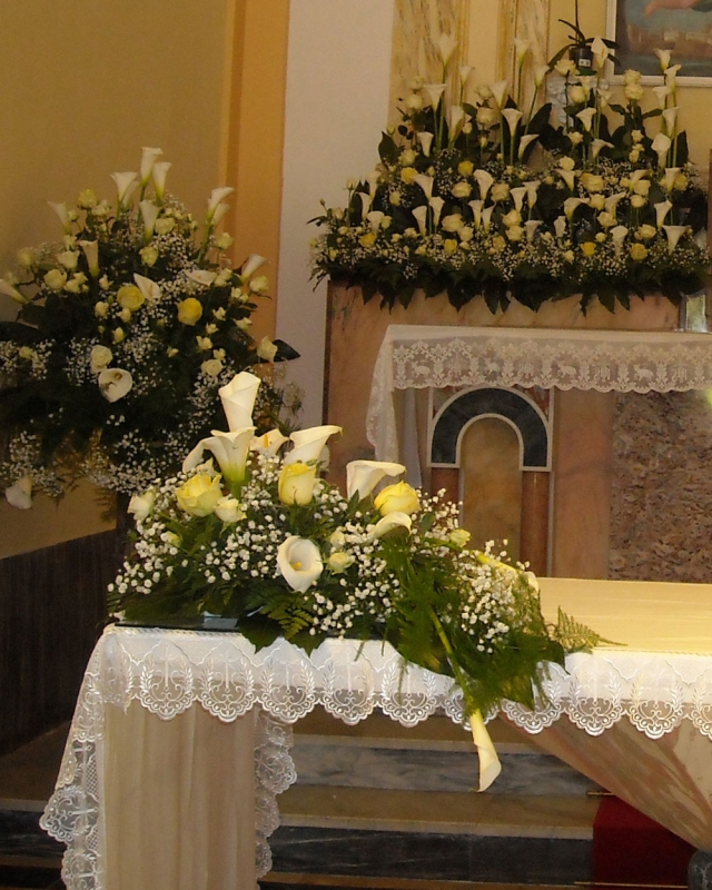 Composizione Chiesa SS. Trinità Montagna Spaccata 5